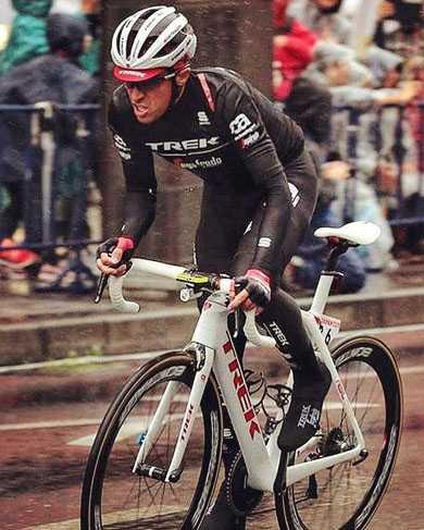 01f7c045519e2f Abbigliamento da ciclismo invernale: consigli per vestirsi in bici d ...
