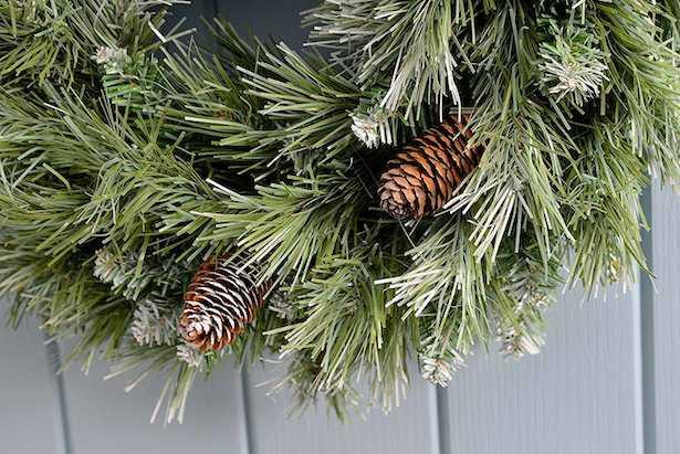 Come fare una ghirlanda di natale idee green - Ghirlande per porte natalizie ...