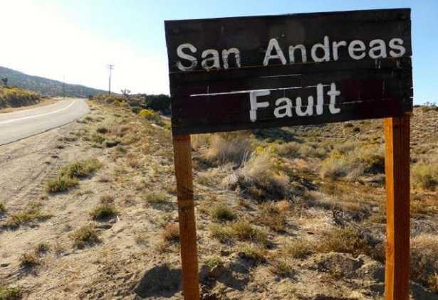 Faglia di Sant'Andrea: terremoti