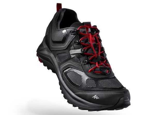 La scarpa Helium 500 ideale per il Fast Hiking