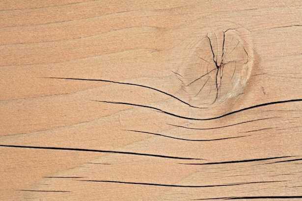 come togliere fessure del legno