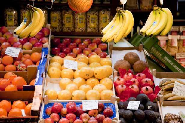 frutta di stagione mese per mese