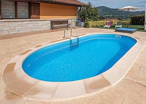 Piscina in giardino tutte le info idee green - Costruire piscina costi ...