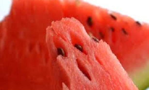 Quale frutta mangiare in spiaggia