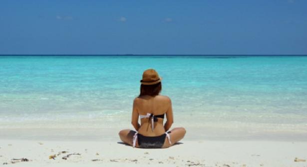 Come proteggere la pelle dopo un bagno in mare