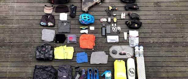 accessori ed equipaggiamento da ciclotirsmo da riporre nelle borse