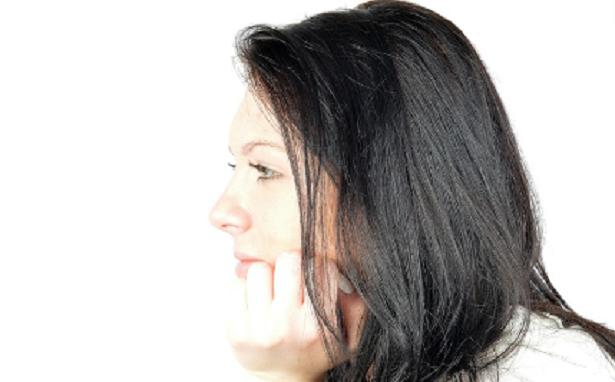 Cosa centra l'alito cattivo con lo stress