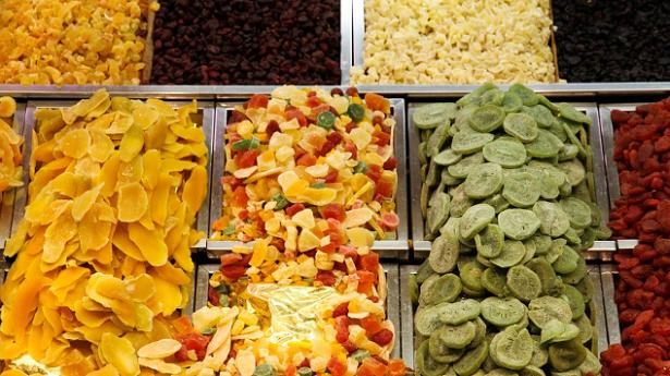 Come preparare la frutta disidratata in casa