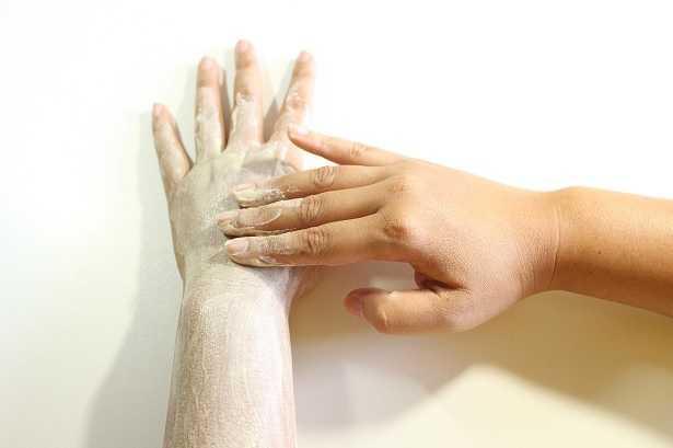 Scrub mani