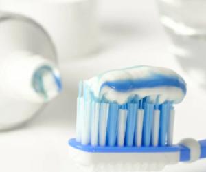Come fare un dentifricio rimineralizzante