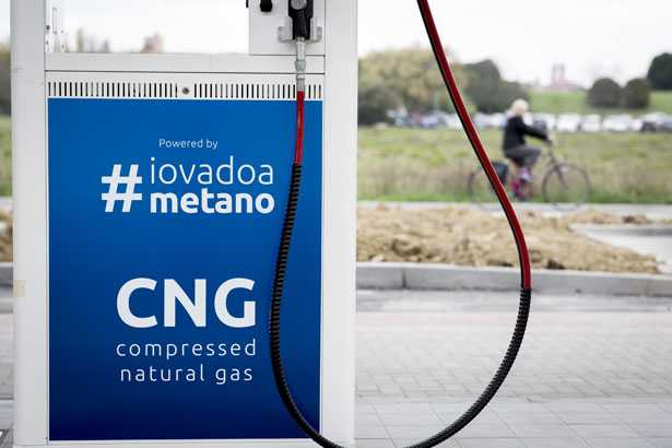 snam transizione energetica idrogeno strategia marco alvera