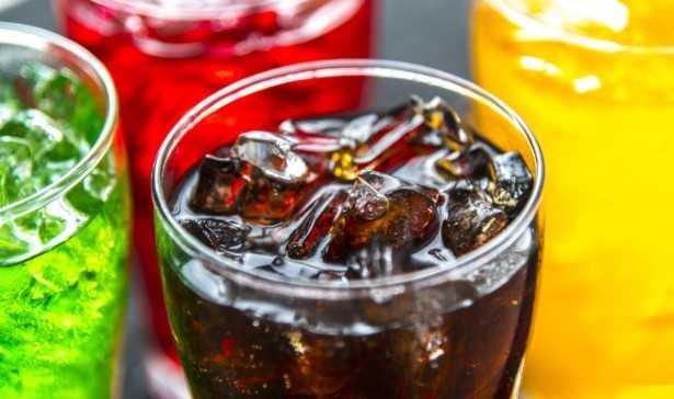 Come smettere di bere bibite gassate