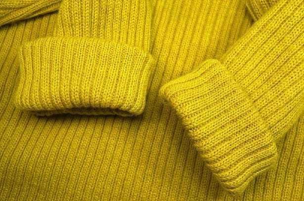 Come sfeltrire una maglia di lana