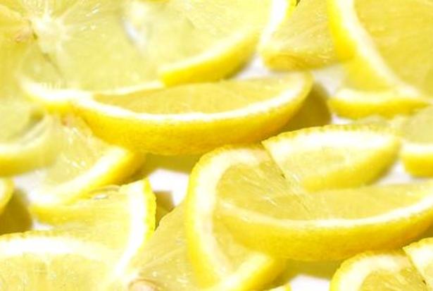come mangiare il limone