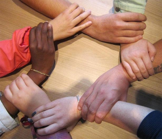mani unite terapia gruppo