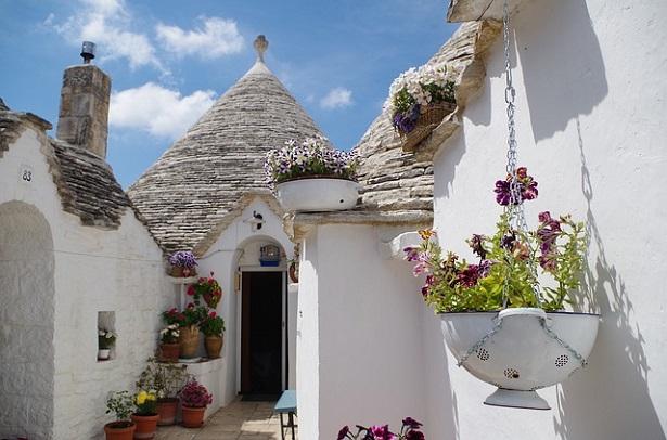 Ecoturismo in Puglia: i trulli di Alberobello